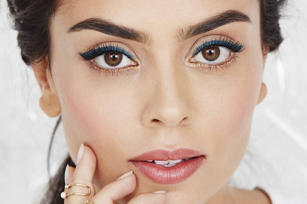 maybellline-falsies-angel-mascara-weekend-look-1080px