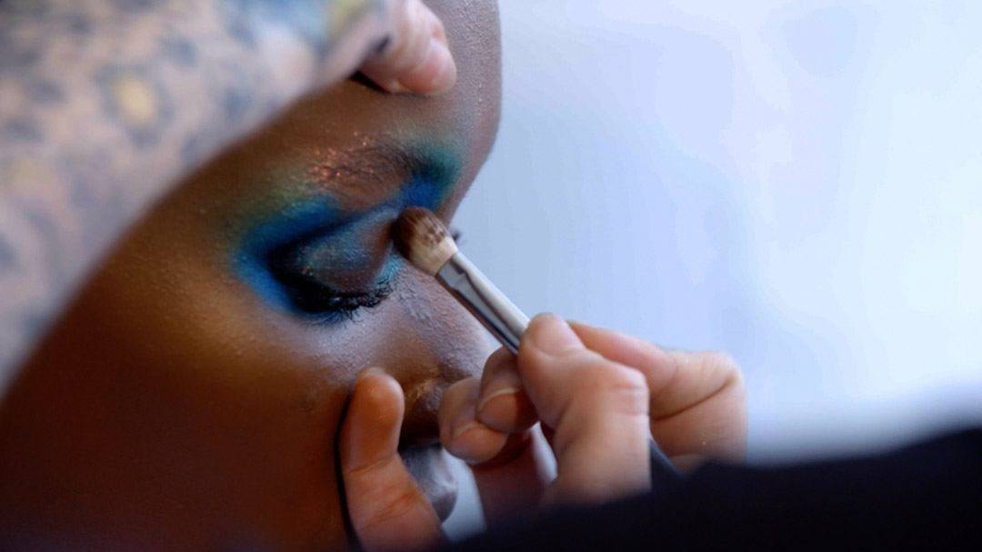 maybelline-nyfw-herieth-aquatic-eye-tutorial-video-16x9