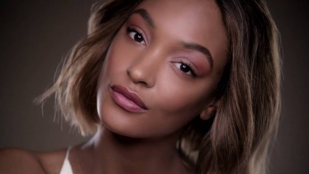 maybelline-foundation-dream-velvet-jourdan-dunn-adriana-lima-commercial-16x9