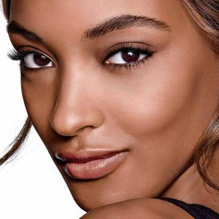foundation-fitme-jourdan-dunn-beautyimage-1x1