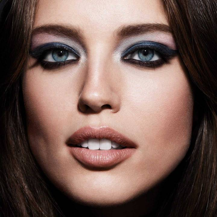 maybelline-eye-shadow-rock-nudes-palette-emily-didonato-beautyimage-1x1